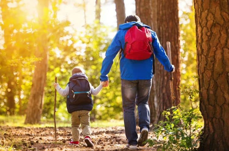 best way to hike with kids